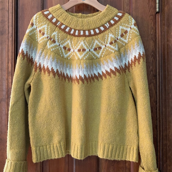 American Eagle Outfitters Sweaters - American Eagle Outfitters sweater